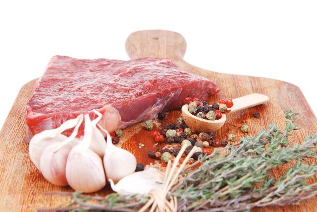 Κρέας με Μελιτζάνες
