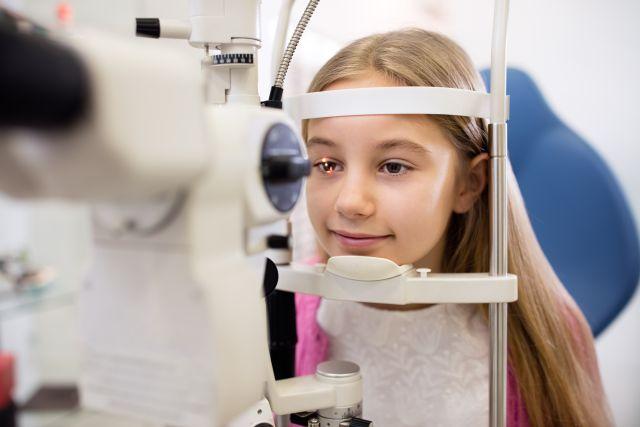 Πότε Το Παιδί Σας Πρέπει Να Δει Έναν Παιδοφθαλµίατρο