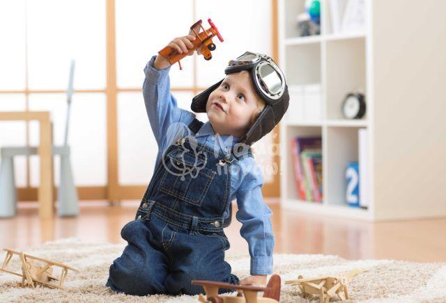 Ανάπτυξη Και Παιχνίδι: Από Την Γέννηση Ως Την Προεφηβεία