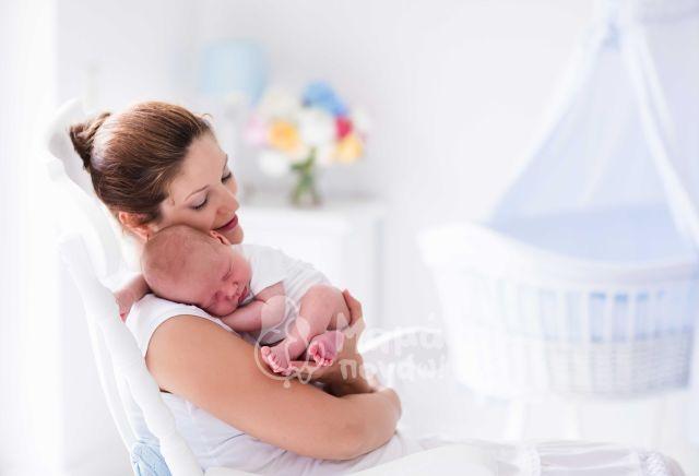 H Σημασία Της Αγκαλιάς Για Τα Νεογέννητα Και Βρέφη